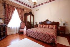 Argentikon Luxury Suites-CASTELLO