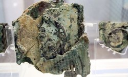 Archaeological MMuseum Athens Antikythera mechanism Photo by Giovanni DallOrto